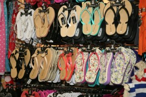 flip-flops-at-GandL