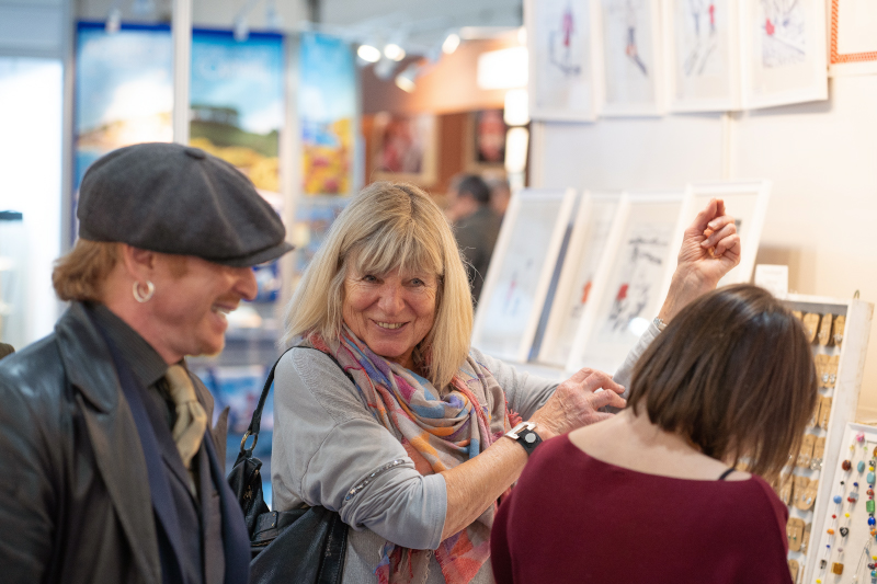 Buying at the Giving & Living trade show